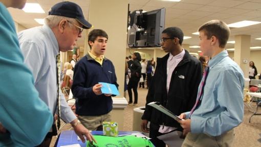 3 high school students talking